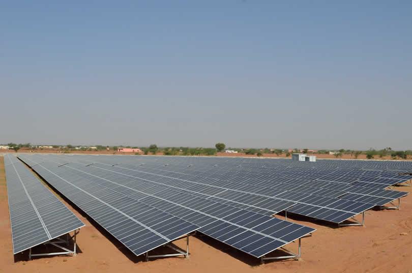 ibc-solar-Pokhran-11-MWp-India-1
