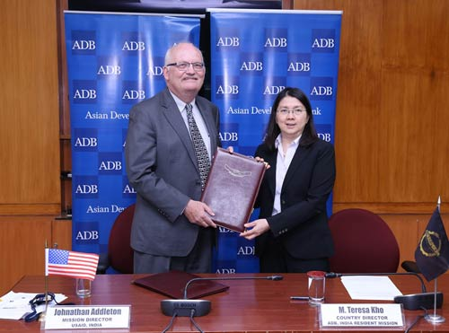 Jonathan Addleton, Mission Director, USAID/India and M. Teresa Kho, Country Director, India Resident Mission, Asian Development Bank.