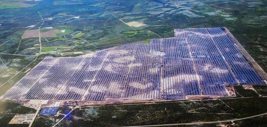 CED and CPS Energy dedicate Alamo 5, largest solar farm of it\'s kind ...
