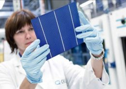 Hanwha-Q-CELLS-Achieves-World-Record-Multicrystalline-Solar-Module-Efficiency