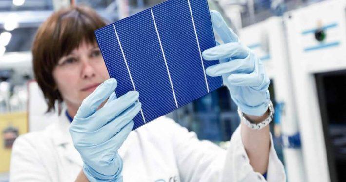 Hanwha-Q-CELLS-Achieves-World-Record-Multicrystalline-Solar-Module-Efficiency